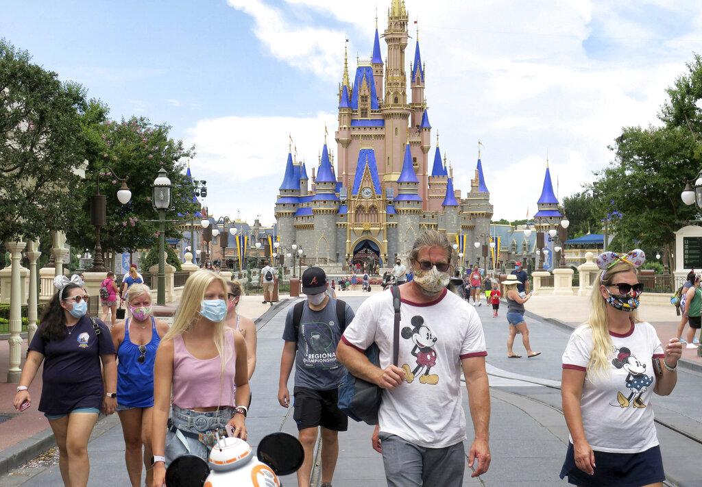 Disney despedirá a 28.000 empleados por el impacto de la pandemia en sus  parques temáticos • WIPR